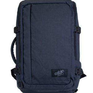 CabinZero Palubní batoh Adventure Absolute Black 32 l